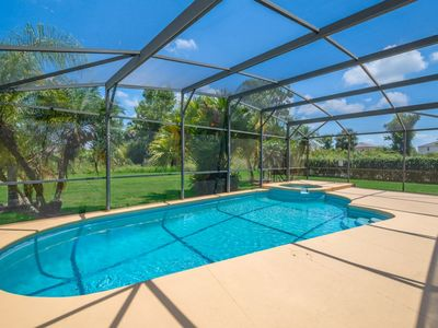 Photo for Family Affair-Private Pool with Free SPA Heat, WiFi, 2 en-suites, close to Disney