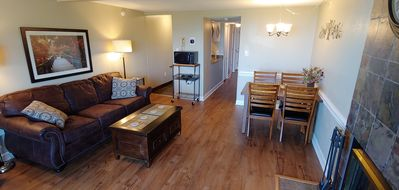 Hilltop Haven #4306 Beautiful Fully Renovated 3BR/2B with private wi-fi