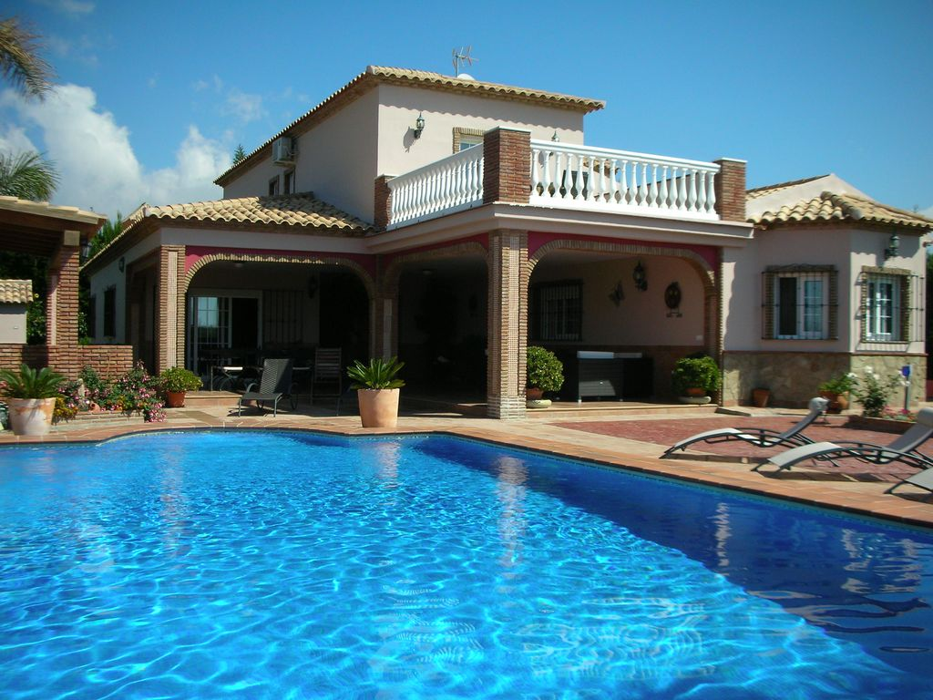 mijas big house with swimming pool and nice garden