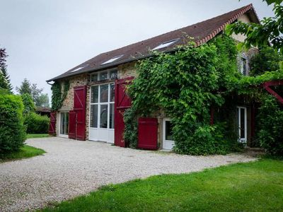 Photo for Large cottage for 12 people with swimming pool and fishing pond in the countryside