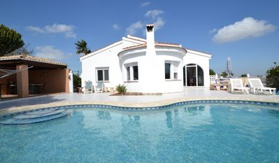 Photo for Superb villa for rent with breathtaking views of the golf course and partially on the sea