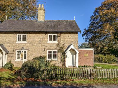 Photo for Pheasant Cottage, RIGSBY