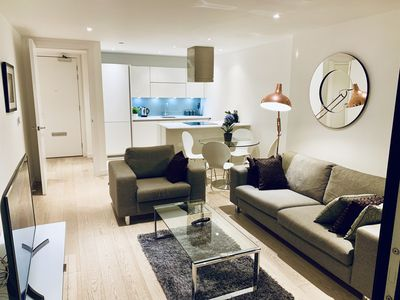 Photo for Amazing 2 Bed, 2 Bath Apartment in Canary Wharf/Docklands/Excel