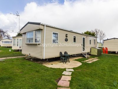 Photo for 6 berth Static caravan for hire at Seawick holiday park by the beach ref 27023R
