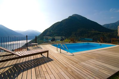 stunning lake view private pool