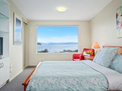 Photo for South Bruny Island, Beach/Waterfront, Modern House, Family Friendly