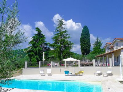 Photo for Private Villa with WIFI, private pool, TV, terrace, panoramic view, close to Greve In Chianti