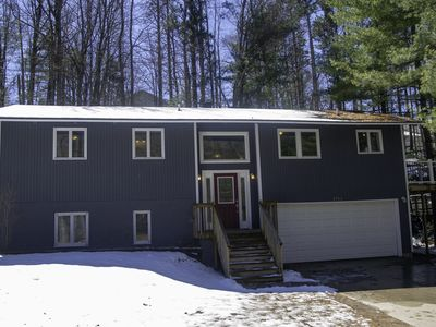Photo for Tree house close to beaches, bike trail, ski slope and downtown Traverse City