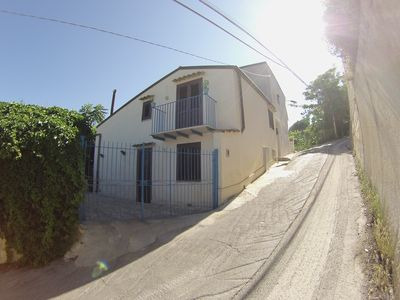Photo for Alcamo Marina: VILLA VIRGINIA 50 METERS FROM THE SEA IN MARINA ALCAMO
