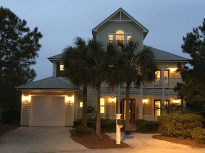 Photo for 3,000 sqft, 4 bed - 3½ bath with golf cart - walking distance to Gulf and pools