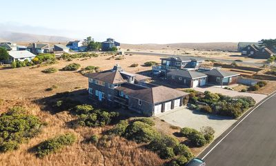 Photo for Stunning Retreat w/Breathtaking Ocean View~ 3 Bedr & 2.5 Bath, Sleeps 10