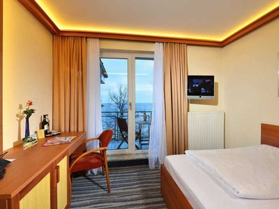 Photo for Single Room with Sea View and Roof Terrace - Strandhotel Seerose Kölpinsee