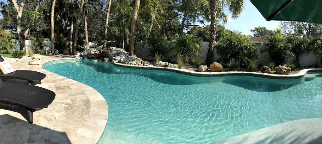 Tropical Oasis - brand new home! Heated oversized pool!
