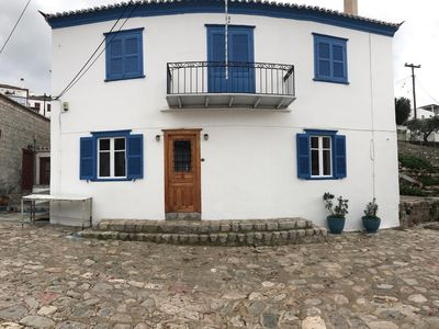 Photo for 2BR Apartment Vacation Rental in Hydra