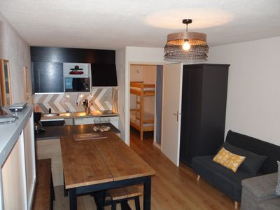 Photo for Renovated studio, 28m2 close to the slopes and shops