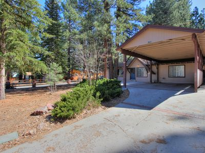 Photo for Cozy 3bd/2bth Cabin! Great Low Rates! Walking Distance to Snow Summit!