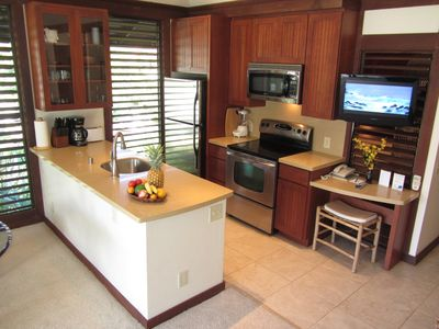Kitchen is fully equipped to cook fabulous meals incl all dishes, cookware, etc.