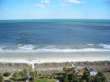 TRUE OCEAN FRONT!  Exceptional, All 5 stars, Very Clean AND Best Location/Rates