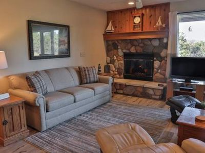 Cozy 1 Bedroom Trout Creek Condo #53. On-site Amenities. Close to Skiing, Boating, Golf, Birding.