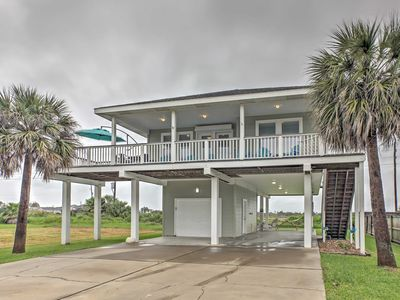 Photo for 'Beach Therapy' Galveston Home w/Deck Near Ocean!