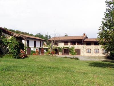 Photo for Luxury Villa in Monferrato with pool and large park