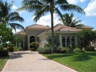 3BR/3BA Mediterranean Style Pool Home