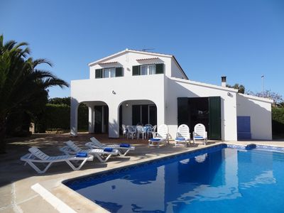 Photo for Comfortable villa for six people with private pool and garden, wifi gratuit