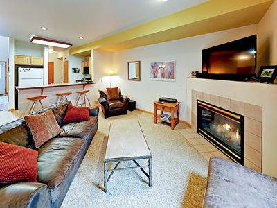 Photo for 2BR w/ Patio & BBQ + Pool & Tennis Club - 10 Minutes to Beaver  Creek