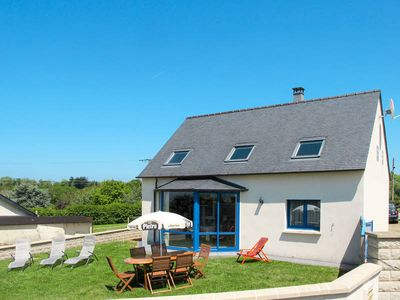 Photo for Vacation home Kermor  in Plougasnou, Finistère - 6 persons, 3 bedrooms