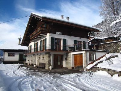 Photo for Chalet 8/12 pers. Spacious and close to the center - Ski Morzine