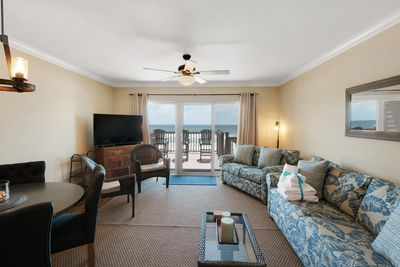 Living Room - This luxurious town home offers a Queen sofa sleeper for more sleeping options.