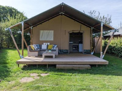 Photo for Camping Les Rives du Lac *** - 4 room Lodge 6 people