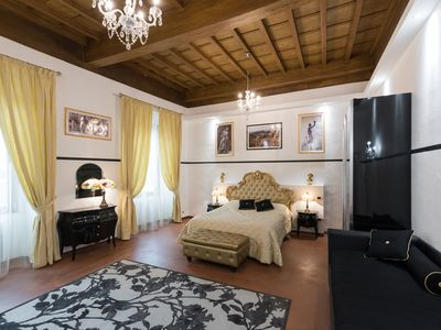 Photo for Suite 1 Servants in the heart of Florence