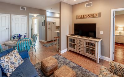 Photo for Blue Mountain Condo with Community Pool, Fitness Center, 2 bikes.