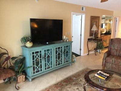Photo for One of the largest Gulf Front 2BR units in  Destin area. Destin Gulfgate#105