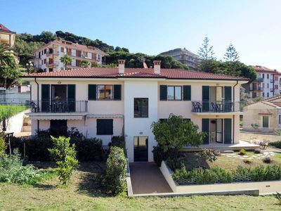 Photo for Apartment Appartamento Bellavista  in Costarainera (IM), Liguria: Riviera Ponente - 6 persons, 3 bedrooms
