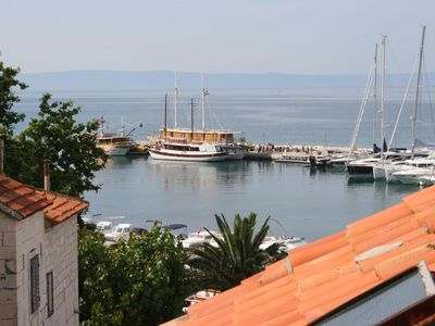 Photo for Two bedroom apartment with terrace and sea view Baška Voda (Makarska)