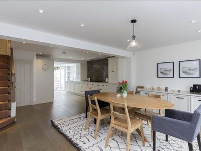 Photo for Stunning central 4 bed w/ garden by Clapham Common