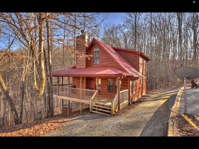 Photo for 20% introductory fee! Brand new ! Enjoy a late checkout on our beatiful cabin!