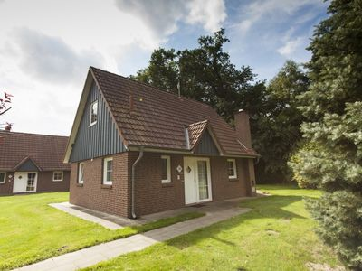 Photo for 4-person dog bungalow in the holiday park Landal Dwergter Sand - on the water/recreation lake