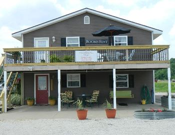 Holiday Guest House Suites - Near Holiday World/Splashin' Safar - sleeps 14