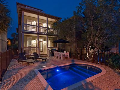 Photo for Green Wave, 30A Cottages, Reduced Spring Rates, Spacious Courtyard w/ Private Pool, 4 Bikes!