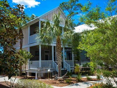 Photo for 2/2.5 home in Barefoot Cottages, pet friendly, pool, short drive to beach.