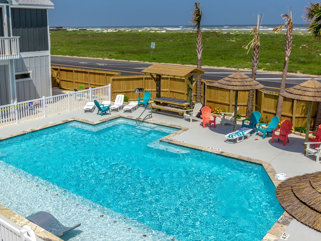 Brand New Townhome At Padre Beach View Resort Stroll To The Pool And