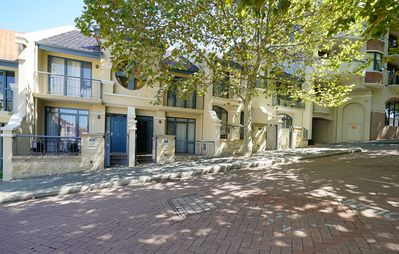 Photo for Beautiful Private Townhouse - pool - parking