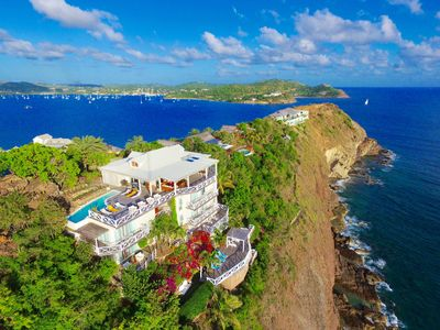 VILLA DOLCEVITA by KlabHouse-Seafront 7BR w/Pool&Hot Tube