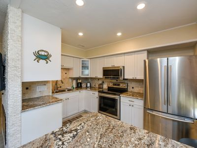 Photo for Renovated Condo with Siesta Key-Beach Access, Sea Club II 11E