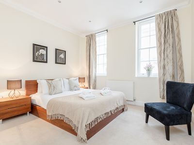 Photo for Spectacular Strand 2 bed apartment!!