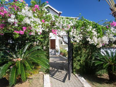 Photo for LUXUROUS FAMILY FRIENDLY HOME WITH OCEAN VIEW, POOL, STAFF & AIRPORT TRANSFERS!
