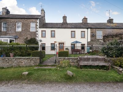 Photo for 4 bedroom accommodation in Sedbusk, near Hawes